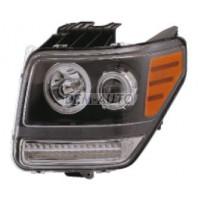 Фара левая+правая (комплект) тюнинг с светящимся ободком,диодным указателем поворота (EAGLE EYES) внутри черная на Dodge Nitro