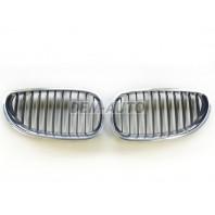 Решетка радиатора левая+правая (комплект) хромированная-черная