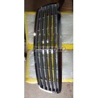 Решетка радиатора (ELEGANCE) 4 полоски хромированно-серая