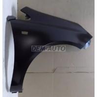 Крыло переднее правое с отверстием под повторитель