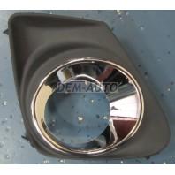 Решетка бампера передняя правая с отверстием под противотуманку хромированная (Китай)