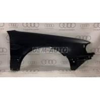 Audi 100  Крыло переднее правое