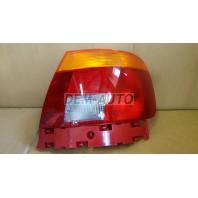 Audi a4 Фонарь задний внешний правый (СЕДАН) красно-желтый