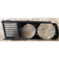 E28 Решетка радиатора левая
