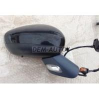 C5  Зеркало правое электрическое с подогревом указателем поворота температурным датчиком 9 контактов (convex) грунтованное