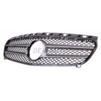W176 Решетка радиатора черная с серебристо серым молдингом