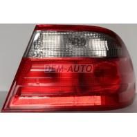 W210 Фонарь задний внешний правый тонированно-красный