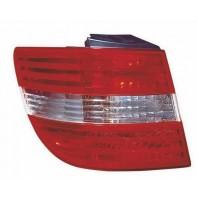 W245/b Фонарь задний внешний левый красно-хромированный
