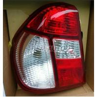 Clio {+simbol}  Фонарь задний внешний левый (4 дв) Красно-белый