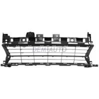 Logan {sandero}  Решетка бампера переднего (Китай)