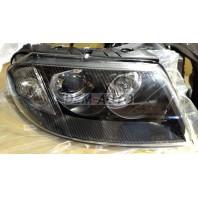 Passat  Фара левая+правая (комплект) тюнинг линзованная с светящимся ободком внутри черная
