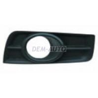 Cruze  Решетка бампера переднего правая под противотуманку черная