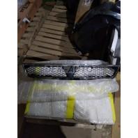 Lancer  Решетка радиатора черная с хромированным молдингом