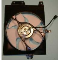 Lancer {mirage/colt}  Мотор+вентилятор конденсатора кондиционера с корпусом