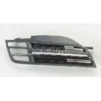 Micra  Решетка радиатора правая черно-хромированная