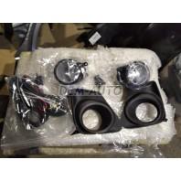 Corolla +  Фара противотуманная левая+правая (комплект) с проводкой , кнопкой , решетками бампера черными , (СЕДАН)