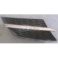 Rav4  Решетка радиатора правая черная с хромированным молдингом (Китай)