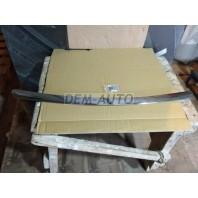 Молдинг решетки радиатора на капот хромированный